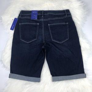 New APT.9  Denim Bermuda Shorts Size 8